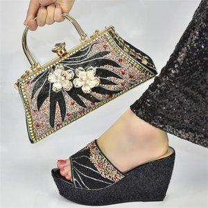 أحذية اللباس أولوم الأفريقي بيع خاص كرت الديكور النمط الإيطالي تصميم ماجينتا اللون أنيقة المرأة وحقيبة مجموعة ل! QW-3