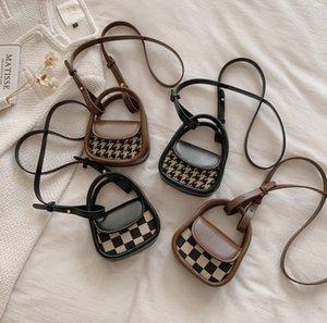 Children checkerboard lattice handbags girls PU leather messenger saddle bag luxury mini purse for women lipstick bags Q2927