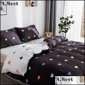 Sets Supplies Textiles Home & Gardenblack And White Beddings Set Red Hearts Print Bedding Comforter Underwear Heart Duvet Er Single Queen Ki
