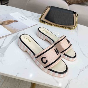 40% de descuento Italia ACE Slippers Pearl Snake Print Slide Summer Wide Flat Lady Slipper Men Women Sandals Luxury Designer Shoes regalos gratis Venta en línea