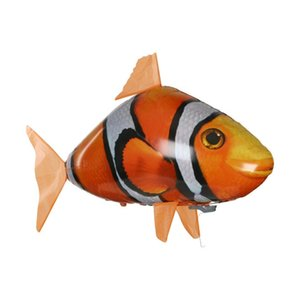 Creative Remote Control Flying Fish Shark Clownfish Electric Air Inflatable Flying Fish Party Decoration RC Animal Toy 210326