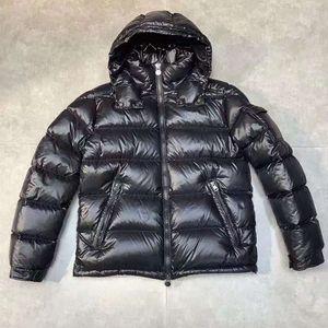 Hommes Down Nylon Laqué Jacket Zipper Pockets Black Parkas Designer Mâle Snap-Off Hovert Détachable Hovert Chaud Hiver Coat