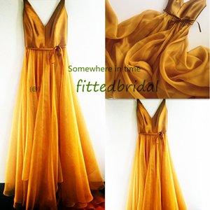 Gold off-shouler Short Prom Dresses A Line Burgundy Organza Formal Homecoming Gowns vestido