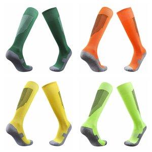 21 erkek anti kayma aşınmaya dayanıklı pürüzsüz tahta futbol çorap şok emme çorap rahat bacak koruma uzun tüp spor çorap