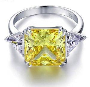 Tavuskuşu Yıldızı Katı 925 Ayar Gümüş Üç-Taş Lüks Yüzük 8 Karat Sarı Kanarya Düzenlendi Diamante CFR8157