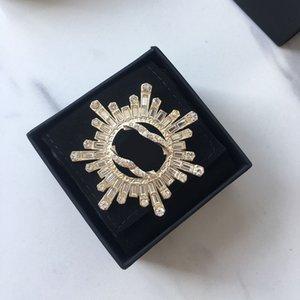 Women T Diamond Sun Brooch Designer Diamonds Shine Luxury Womens Fashion Designers Jewelry Accessories Party Broche Dames D2110091HL