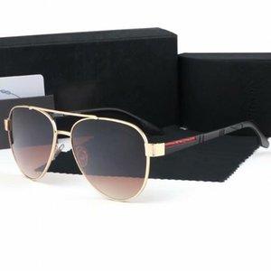 Nuevo Diseño de moda Hombre Gafas de sol Vintage Popular Popular Gafas al aire libre Mujeres Gafas de sol Gafas de sol Adumbral