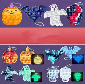 Halloween Ghost Silicone Luminous Keychain Press Bubble Poppers Pendant Light In Night Key Chain Decompression Pumpkin Bat Dimple Puzzle Toy G90B6JQ