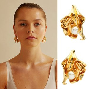 2021 Stud brass electroplated 18K Gold pleated Pearl Flower Earrings