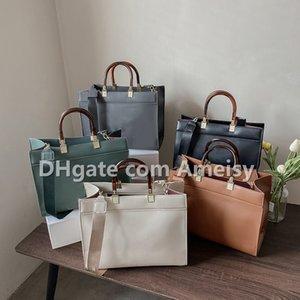Mais recente bolsa de designer para mulheres tamanho grande bolsa de couro de patente com cadeia senhoras moda flaptop qualidade carteira crossbody bolsas de ombro