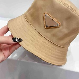 2021 New Designer Fisherman Caps Classic Paragraph Male and Female High-quality Woven Straw Sun Ha23R