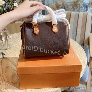 2021 Pillow Lady Fashion Handbags Zipper Totes Plain Four size Wallets Synthetic Leather Fresh PU Luxury Casual Designer Women Popular Flap Shoulder Bags