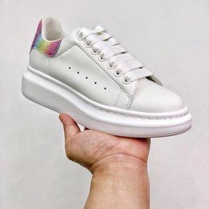 Alexander McQueen white shoes Mujeres 2021 hombres Mostrar estilo Moda Blanco Cuero genuino Venta al por mayor Zapatos casuales Sneaker Top Calidad con caja