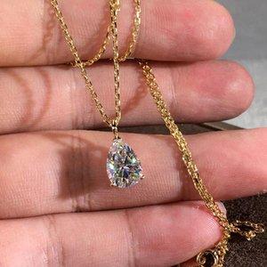 Pendentif Colliers Poire Coupée Blanc Collier Zircon Crystal De Luxe Cristal Eau Drop Stone Rose Gold Argent Color Chaîne pour femmes