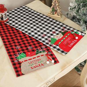 Christmas Buffalo Plaid Table Runner Family Dinner Holiday Party Farmhouse Home Kitchen Decoration KDJK2109