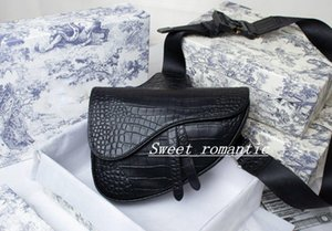 2021 with box handbag saddle men and women luxury sneakers design messenger bag high quality black personality single shoulder