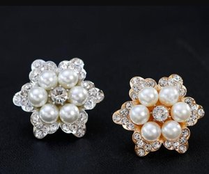 New Design Women Brooch Flower Shape Crystal White Pearl Brooches Lady's Evening Party Jewelry ps2887