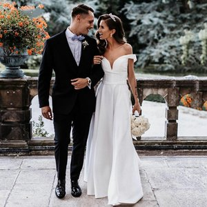 Simple Satin Wedding Dress 2022 Outdoor White Ivory Bridal Gowns Off The Shoulder Cut Side Charming Plus Size Lady Marriage Reception Dresses