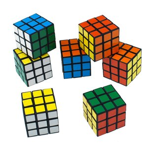 Intelligenza per bambini Tre ordine Rubik's Cube Toy liscio principianti Velocità Velocità Giocattoli di puzzle