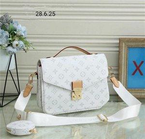 2021 Women designer handbag messenger bag oxidizing leather POCHETTE metis elegant shoulder bags crossbody bags shopping purse perfect