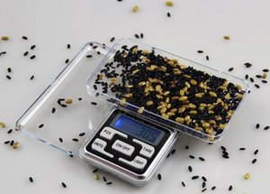 Mini electronic pocket 200g balance scale LCD display with retail packaging