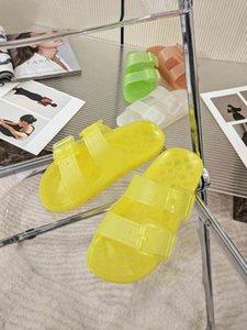 2021 Новая весна и летняя мода тенденция со стразами атлас-баотоу тонкий высокий каблук женский характер сандалии моды сандалии моды
