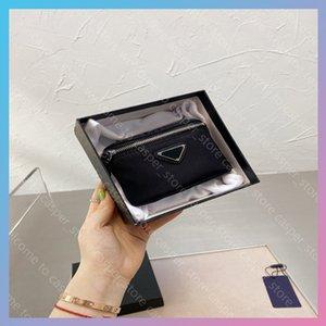 Mujeres Luxurys Designers Bolsos 2021 Bolsas de diseñador SAC HOMME SUPER DURANTE NYLON TARP DESPORTES DEPORTES DEPORTES Turismo Viaje Cartera Monedero con caja 13 * 9cm