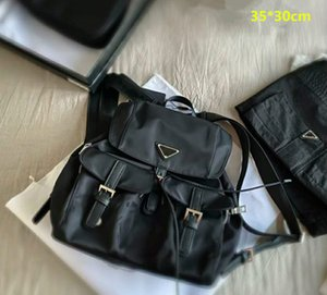 Unisex Dseigners Black String Backpacks Mulheres Sacos de Ombro Tamanho Mens Mens Sacos de Escola de Luxo Moda Com Triângulo Saco de Viagem Grande Capacidade Back Pack Satchels