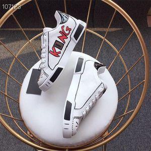 Удобные туфли для вождения дизайнерские повседневные туфли женщины мужские мужские ежедневные стихийные скейтбординг обувь роскошные модные платформы ходьба тренеров индивидуальность