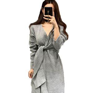 Estilo elegante temperamento vestido feminino v-cuello meia manga magro ajuste vestidos de malha un linha macio chique botao femme vestido casual