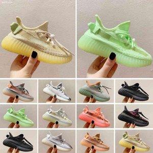 2021 Enfants Courant Chaussures Pharell Williams Échantillon Jaune Core Noir Children Sports Sneakers Baby Anniversaire Cadeau Taille 24-35