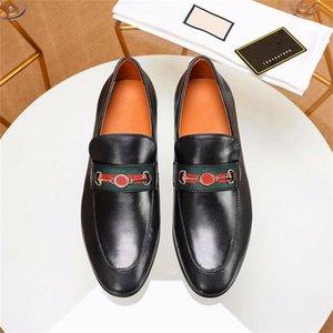 2021 Designer Mules Men Dress Scarpe Scarpe Catena Metallo Princetown Pelle Bilancio Casual Scarpe Casual Dama Pani Pasti Moda Sneakers con fibbia