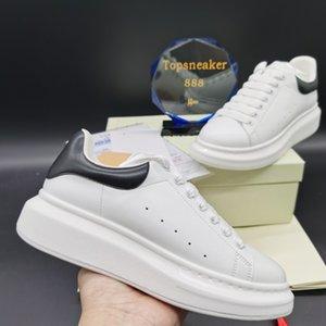 2021 Scarpe casual uomo in velluto Mans Sneaker Donne Piattaforma di moda Platform Pelle Lace Up Bianco con Nero