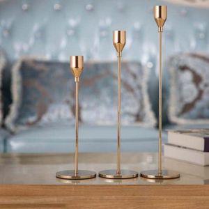 Retro Vela de metal europeo Soportes Sencillo Dorado de la boda Decoración de la boda fiesta de la sala de estar decoración de la decoración del hogar Candleskick