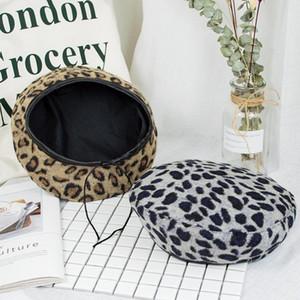 Um warme beste Frauenhut zu halten Nette Beret Vintage-Hüte für Frauen Leopard Filz Hut Mütze Wollwinter-Hut 2020 Frauen-Baser mit