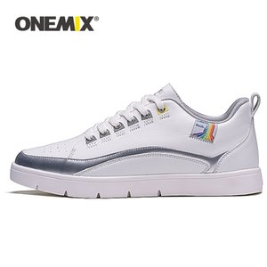 Skate shoes Men Skateboards Shoes Man Lace Up Sneakers Lightweight Athletic Zapatillas Mujer 0918
