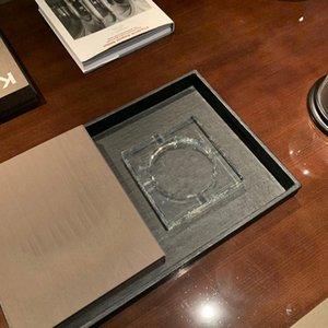 Transparent V-shaped simple ashtray luxury designer crystal glass octagonal creative personality fashion exquisite craftsmanship home decoration