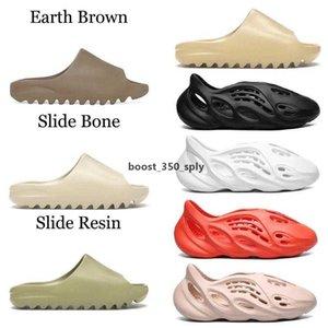 Kanye West Slides النعال رغوة عداء الصحراء الرمال الثلاثي الأسود العظام الأبيض الراتنج الشريحة صندل رجل شبشب حجم 36 -45 v2 ty