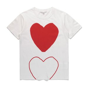 2021 Classic Jogar Mens T-shirt das Mulheres # C010 Off Verão Manga Curta Moda Designers Tees Harajuku Padrão Coração Branco Ícone CDG Casual Hip-Hop Tops