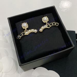 2021Luxury Stud Designer Brincos Clássico Duplo Letra Logotipo Black Diamante Branco Pérola 925 Prata L0-C21