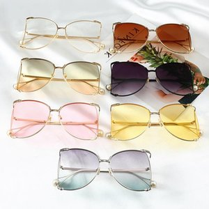 2021 Ladies Designer Frame Round Sunglasses With Fashion Shades Chain Luxury Brand Unique Lens Sexy Tinted Blue Pearl Oxxfh