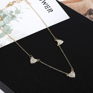 Pendant Necklaces 2021 Light Luxury Women Inlay Zircon Heart Simple Design Gold Plated Short Style Necklace For Valentine's Day Gift