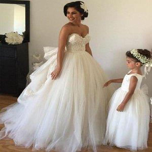 2021 robe de bal robes robes de mariée perlée Dentelle Applique décolleté en décolleté Tulle sur mesure Plan de plancher de plancher de plancher Corset Back Castle Vestido de Novia