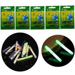 25 / 50pcs Pêche Float Glow Sticks Night Vert Fluorescent Lumière pour Bobbers Bell Alarm 4.5 * 37mm Accessoires