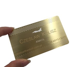 kardart 100pcs lot Cutting Out Logo Plated Gold Color Brushed Stainless Steel Metal Business Cards For Business Gift 85*54mm 0.5mm thickness