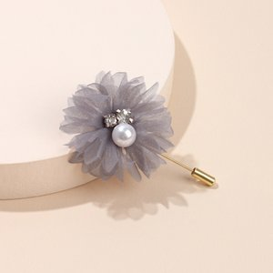 Fabric three dimensional Lace Flower Brooch women's luxury pearl pin dress chest accessories