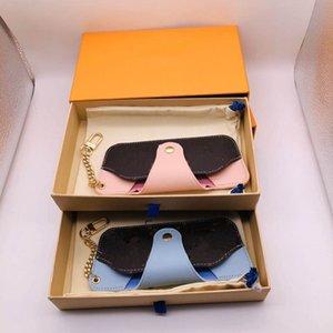 Высококачественные кожаные буквы сплав очки Case Carabiner Keychains для любителей солнцезащитные очки
