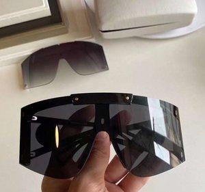 Shield Wrap Sunglasses 4393 Black Grey Extra Lens Intercambiabile Sonnenbrille Gafa de Sol Moda Occhiali da sole sovradimensionati UV400 Eyewear di protezione con custodia