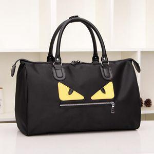 Monstro Design Duffel Oxford Material Mulheres Homens Grandes Capacidade Totes Bags Viagens Ginásio Sacos Esportes Ao Ar Livre Bagagem 39