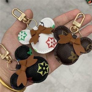 تصميم الماوس سيارة سلسلة المفاتيح زهرة حقيبة قلادة سحر مجوهرات كيرينغ حامل للنساء الرجال هدية الأزياء بو الجلود الحيوان مفتاح سلسلة strhj